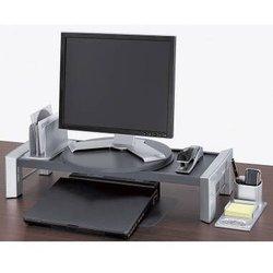 Professional Series TFT Workstation. Höhenverstellbar in 4 Stufen, ver-